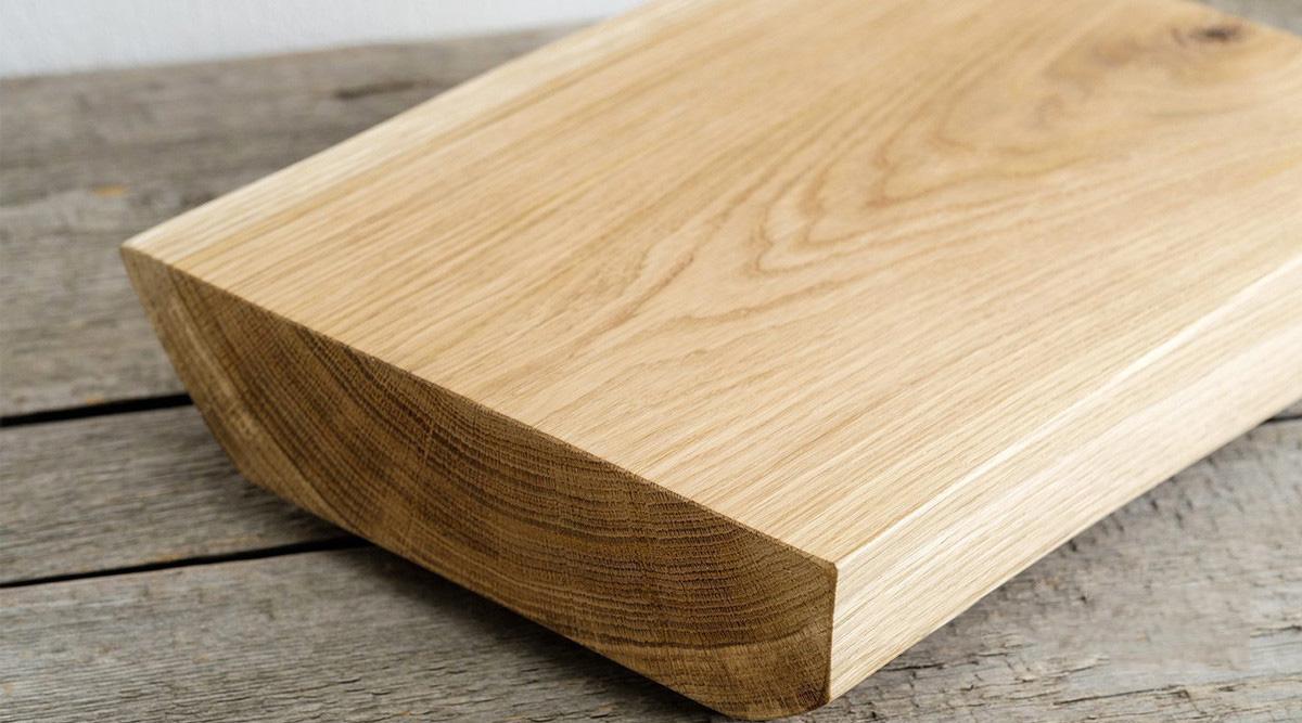 Gỗ Sồi nhật màu nên dễ nhuộm màu sang màu gỗ khác